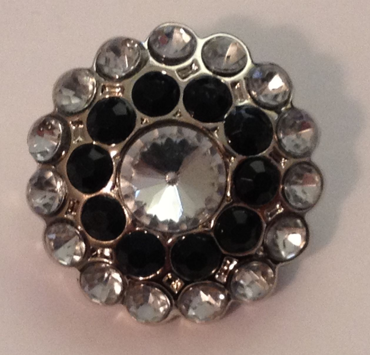 Cluster Blingy Button - Clear and Black - 1 piece