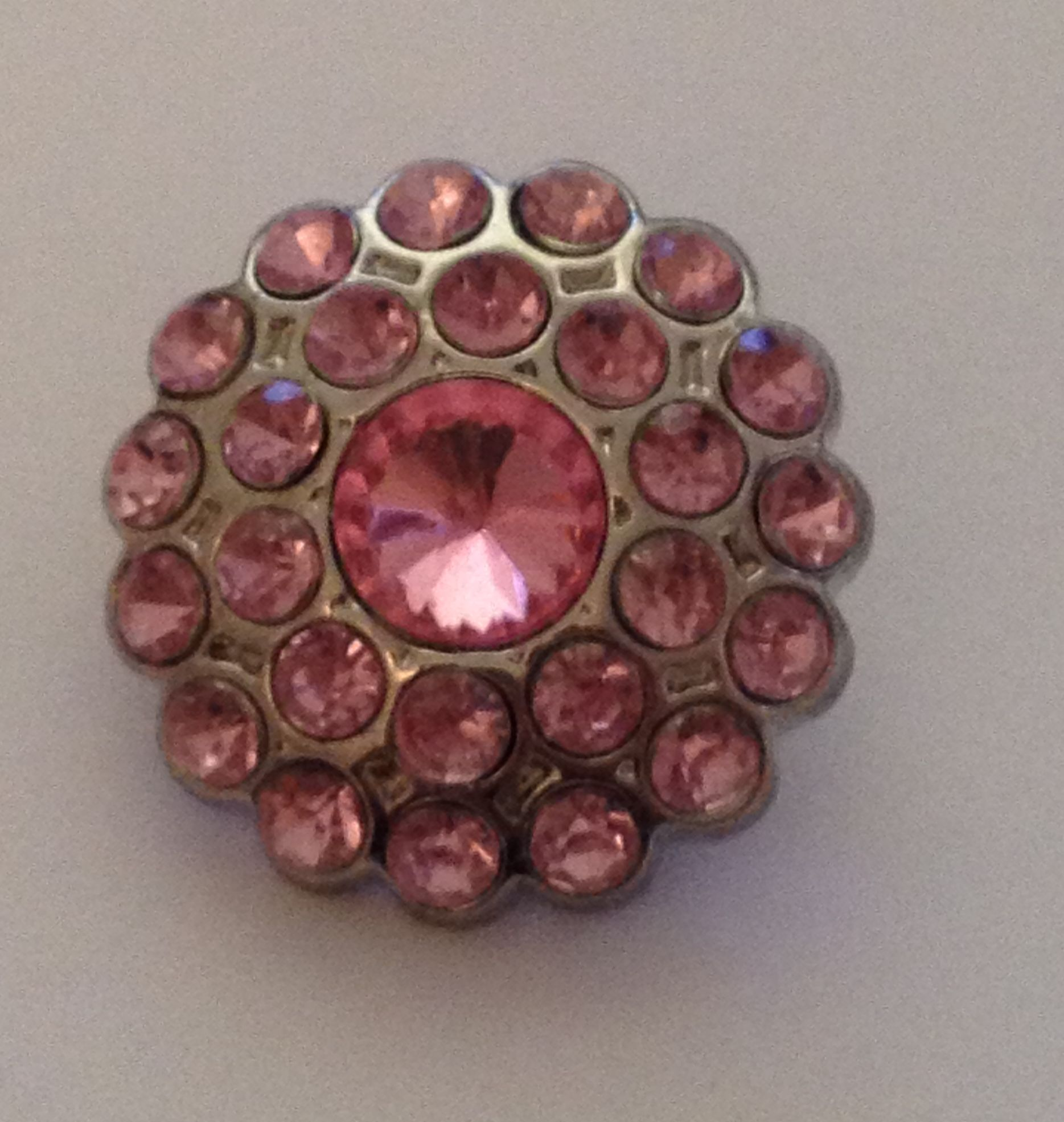 Cluster Blingy Button - Pink - 1 piece